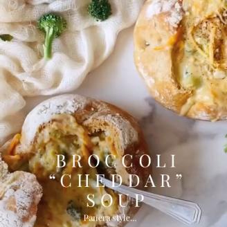 """Broccoli """"Cheddar"""" Soup"""